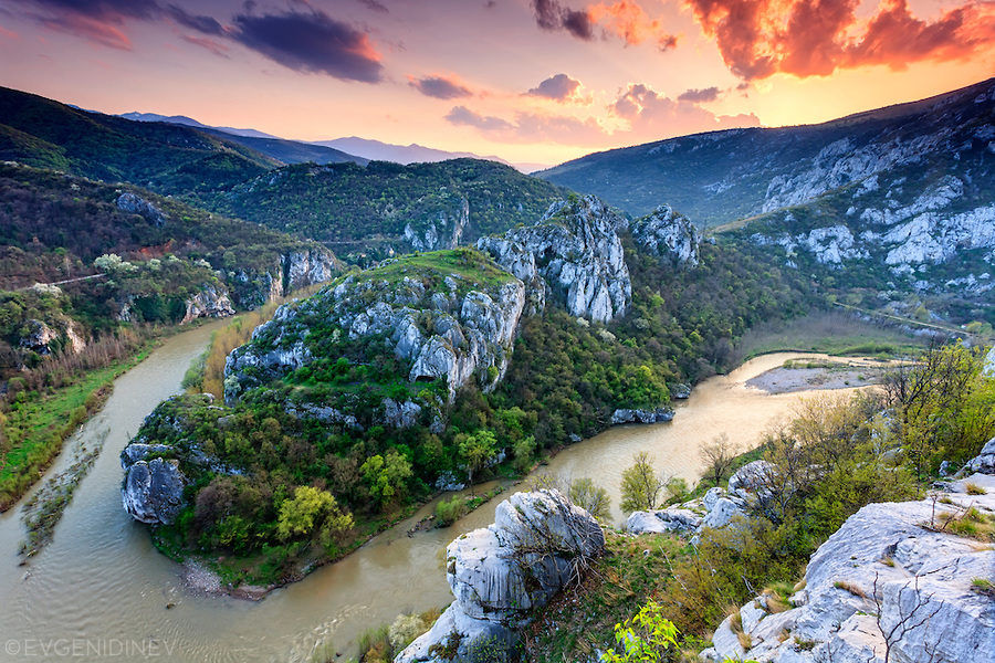 prohodna_cave_and_iskar_gorge
