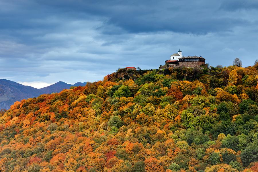 glozhene_monastery