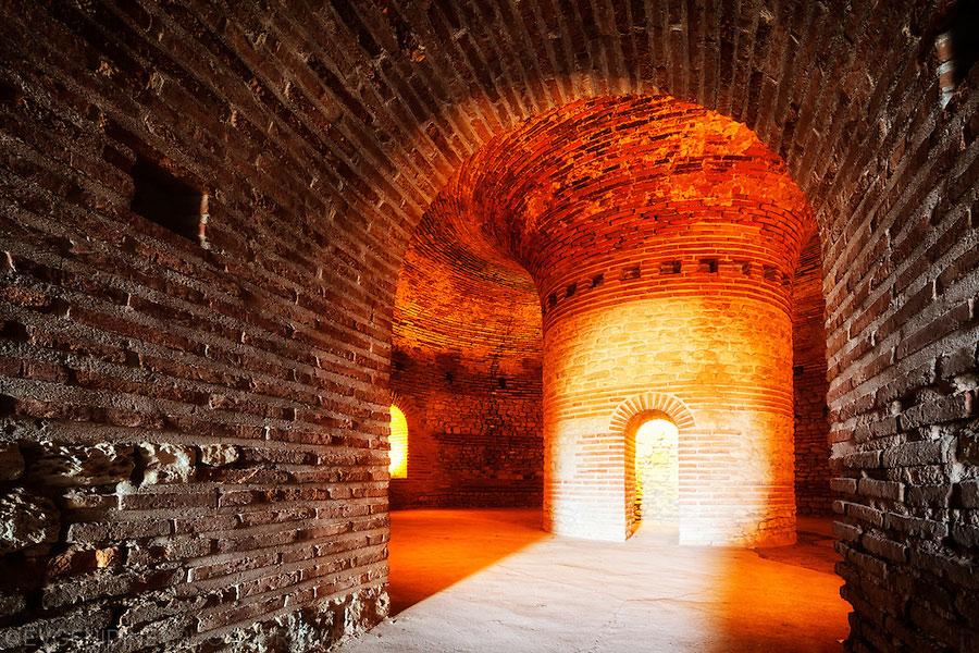 thracian_beehive_tomb